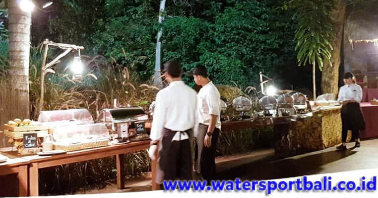 Menu BBQ Dinner Buffet di Bali Safari Park